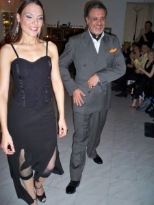 Tango with Ricky Barrios and Laura Melo. Dance Tango with a laugh.  photo: rogaia